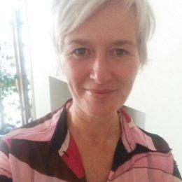 Susan-xhjzhy-ugktb8-768x1366